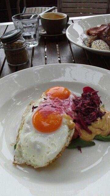 breakfast @ fitzrovia