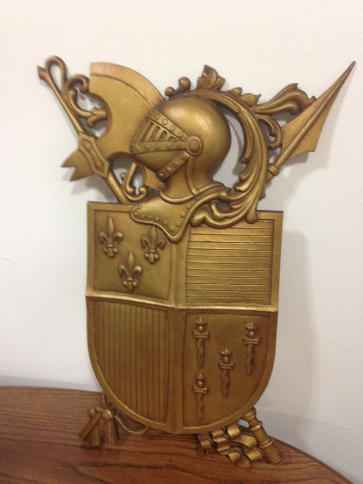 Sexton cast aluminum Wall art medieval knight crest shield coat of arms USA