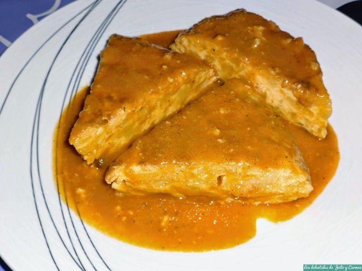 Cómo preparar una tortilla guisada o en salsa. ¡Apunta la receta!