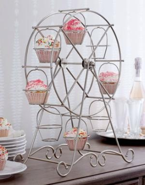 Cupcake Ferris Wheel: Cupcakes Ferris, Idea, Wheels Cupcakes, Cupcake Holders, Cupcakes Display, Cupcakes Holders, Ferris Wheels, Cupcakes Rosa-Choqu, Cupcakes Stands