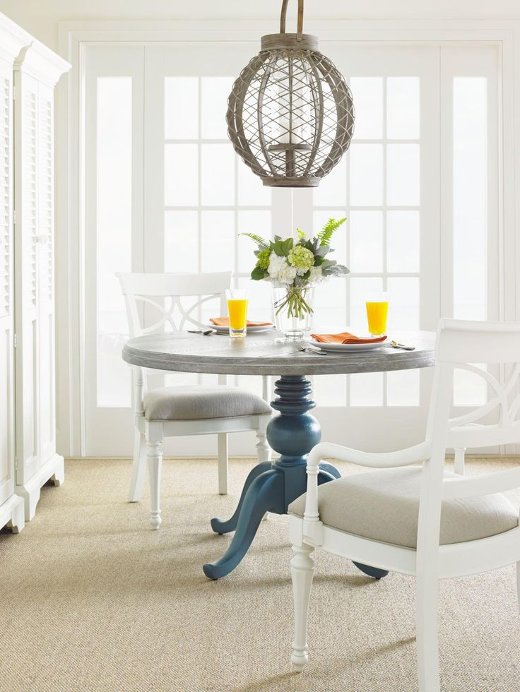 Shop For The Stanley Furniture Coastal Living Retreat Casual Dining Room Group At Johnny Janosik