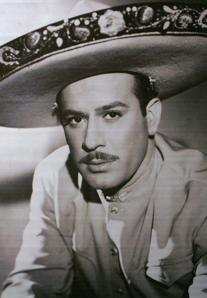 Pedro Infante what a handsome man he was!