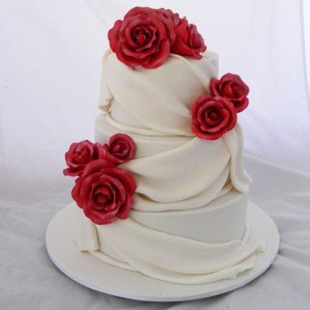 We book cake orders on call and prepare cakes just minutes before the scheduled delivery time in order to preserve its quality and taste. We specialize in kid's novelty birthday cakes in Perth and deliver cakes to all nearby areas right on time.