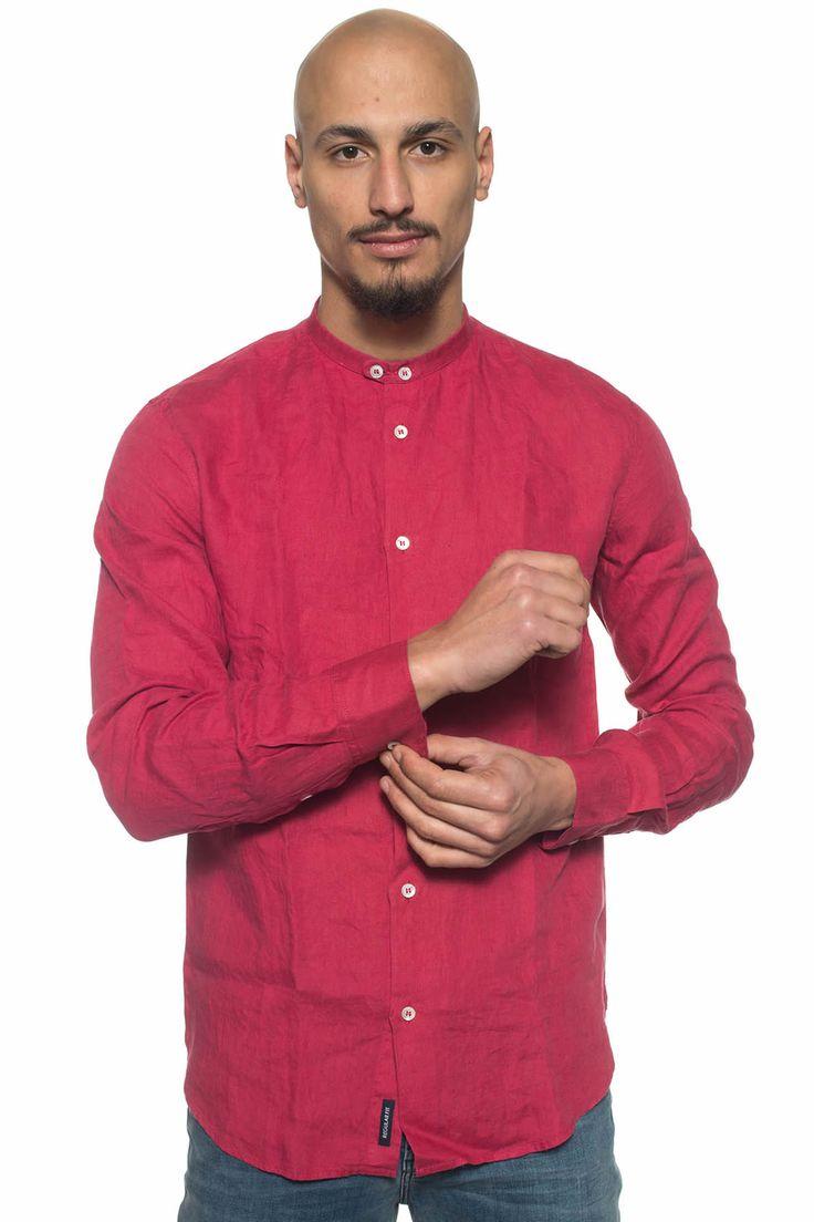 Armani Jeans  , Camicia guru , manica lunga , vestibilità regular tapered , colore: corallo , composizione: 100% lino , linea: ARMANI JEANS , il modello indossa la taglia: M  - Euro 170