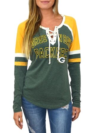 Love the lace-up look of this Green Bay Packers top!