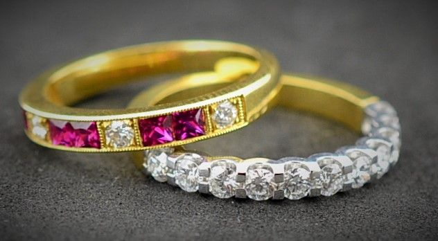 Ruby and diamond set wedding bands #PlatinumCork #Weddingrings
