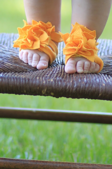 No Sew Baby Shoes! DIY Tutorial~Watch Out for the Woestmans