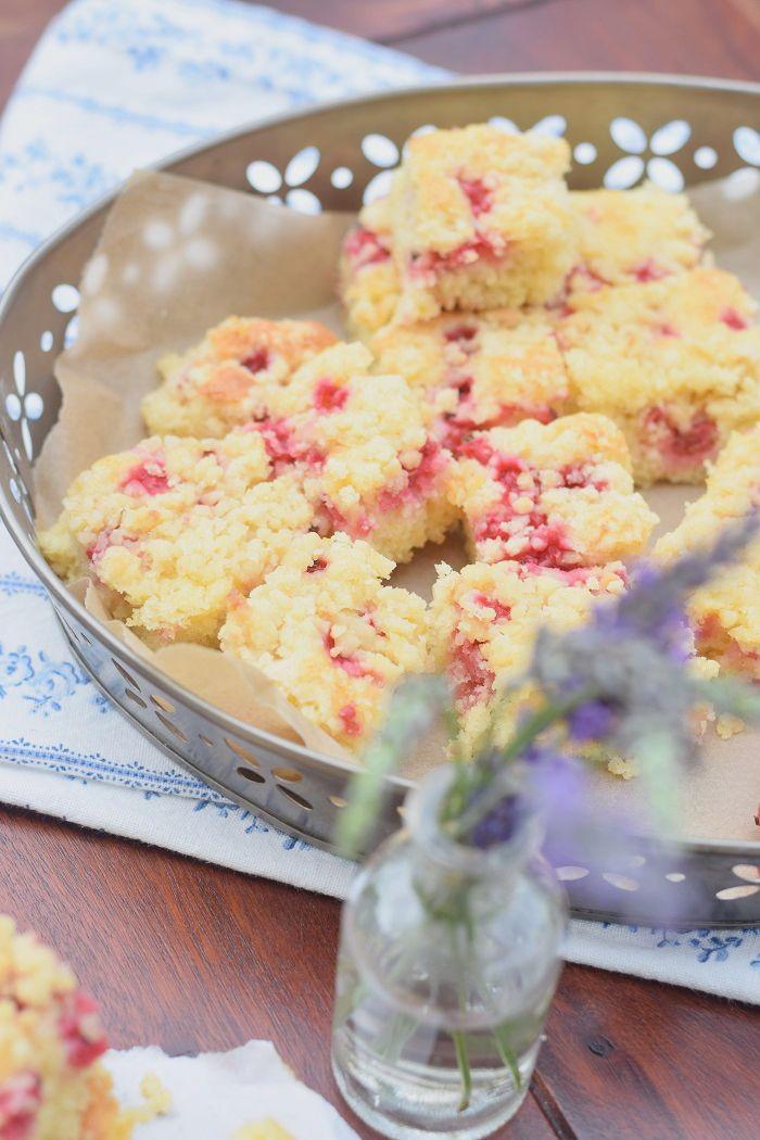 Lemon Crumble Sheet Cake - Zitronen Streusel Kuchen #summer #sommer | Das Knusperstübchen