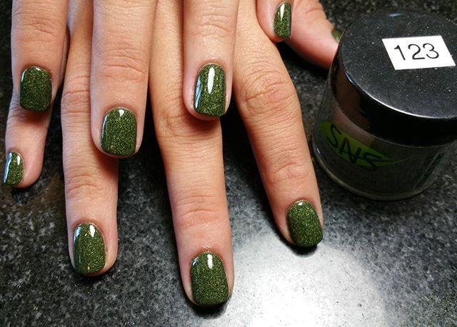 Nail dipping powder  #nails #naildipping #dippingpowder #sns #snsnails #olive…