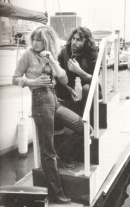 Christine McVie from Fleetwood Mac & Dennis Wilson from the Beach Boys.  They had a serious relationship.