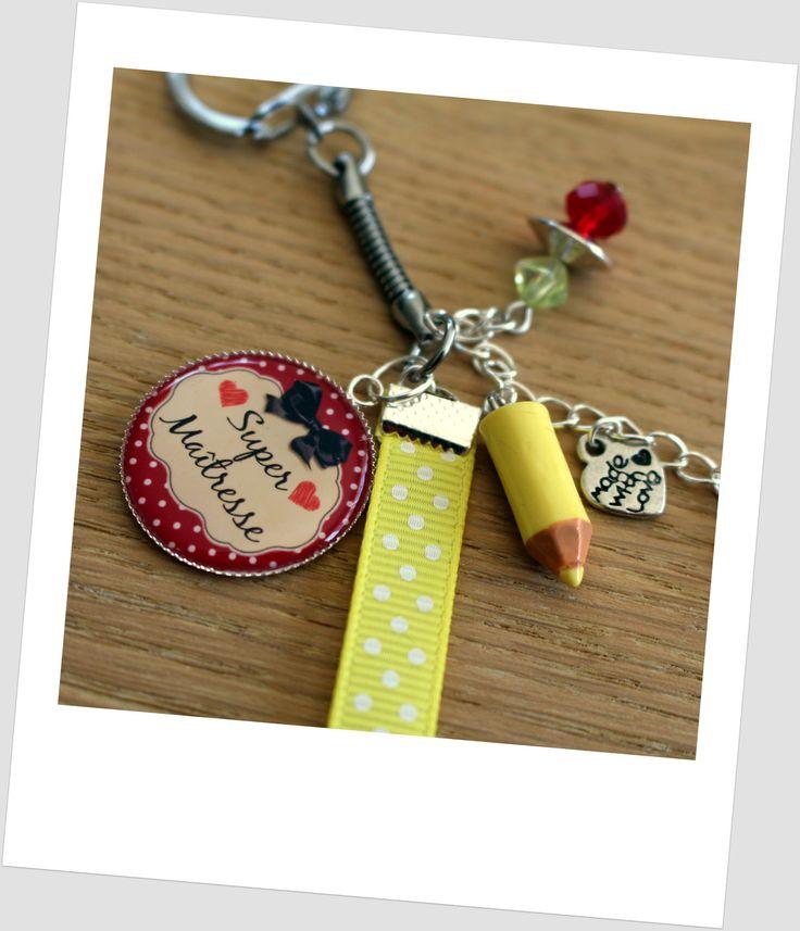 joli porte-clés grigri ou bijou de sac SUPER MAITRESSE idée cadeau maîtresse : Porte clés par elenacreations