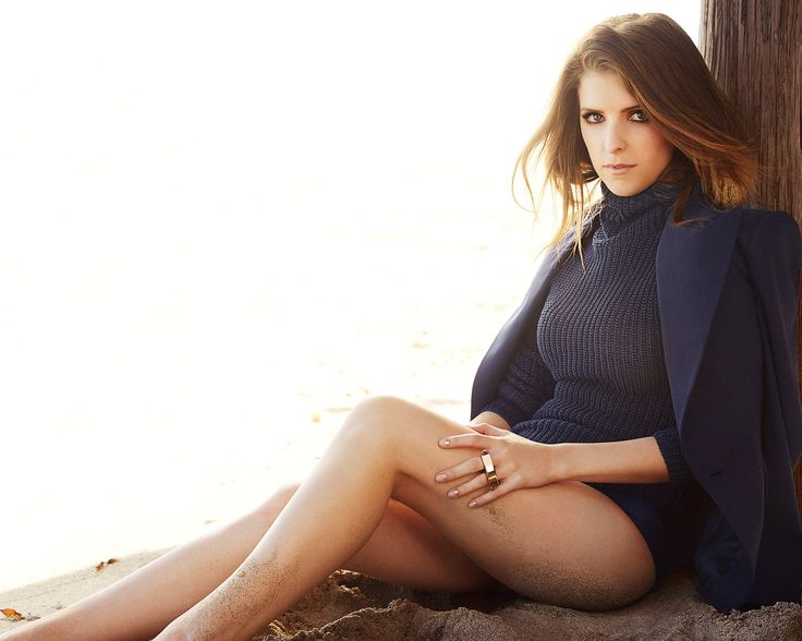 Anna Kendrick, showing off her long, shapely legs.