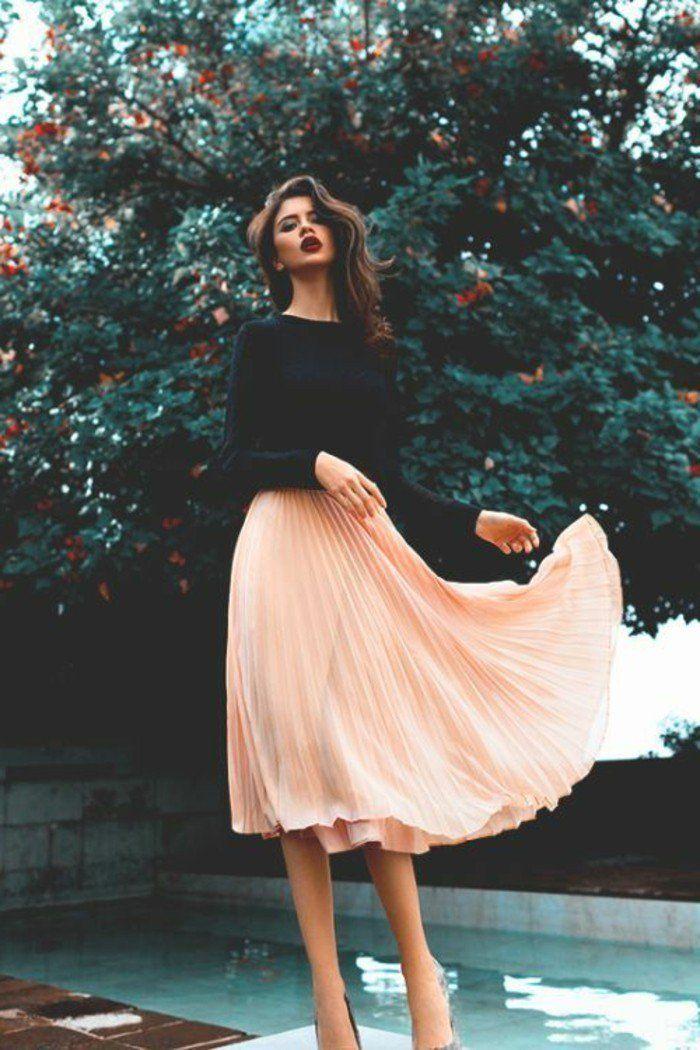 jupe mi longue femme de couleur beige rose pale