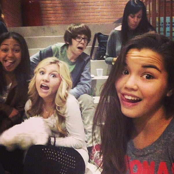 "Pic: Paris Berelc With Some Of Her ""Mighty Med"" Castmates November 13, 2013"