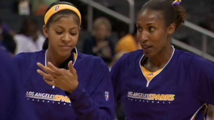 Lisa Leslie and Candace Parker Reflect On Their In Game Dunks - WNBA News Videos