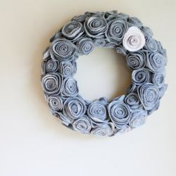12 Adorable Fabric Rosette Designs From Around The Web #craftgawker