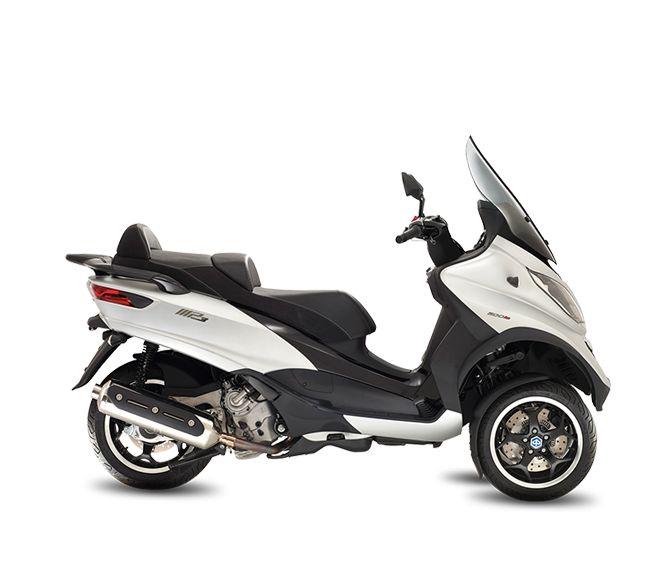 Découvrez la gamme des scooters Piaggio MP3 : 300 ou 500cc, Yourban, Business, Sport ou hyper-sport, il en existe forcément un adapté à vos besoins ou envies !