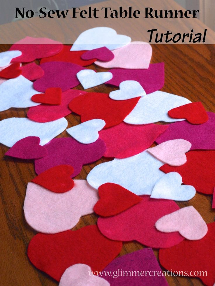 Easy No-Sew Valentine's Day Felt Heart Table Runner Tutorial - www.glimmercreations.com