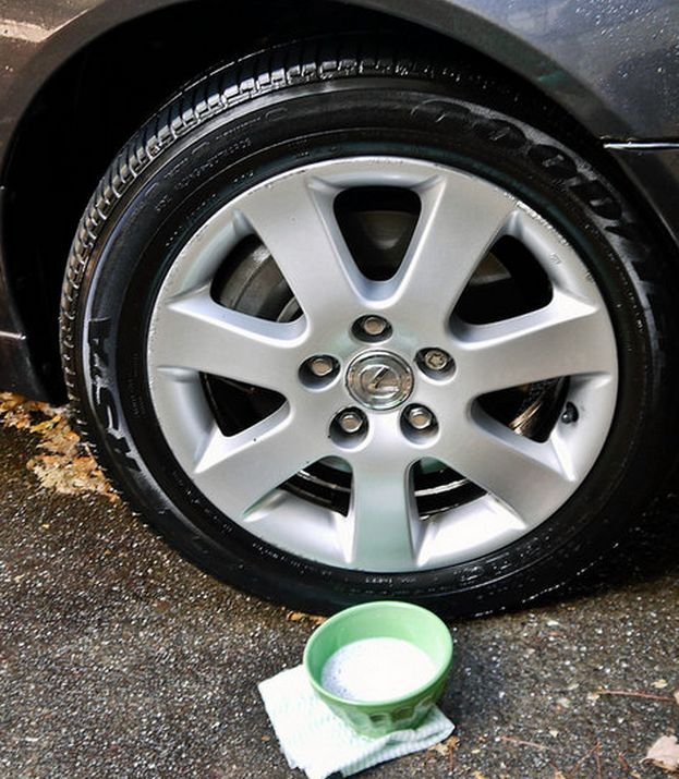 Tires looking a bit dirty? Mix one-half cup baking soda, one tablespoon dish soap and two cups warm water and gentle scrub your tires & hubcaps - Rinse with water and your tires will sparkle!