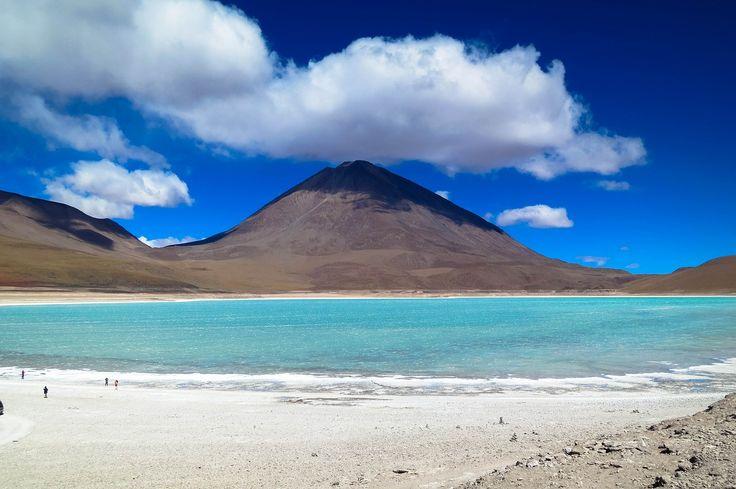El #DesiertoDeAtacama en #Chile es uno de los paisajes más hermosos del planeta al que se puede llegar en moto. http://bit.ly/1z712vq