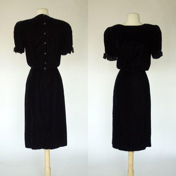 1980s black velvet dress Albert Nipon designer by DottieMaeVintage