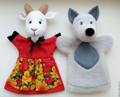 Kézzel készített Bábszínház.  Kesztyű bábok: a főszereplők.  Irina Podkuyko.  Fair Masters.  Teremok, kiállítási kutya