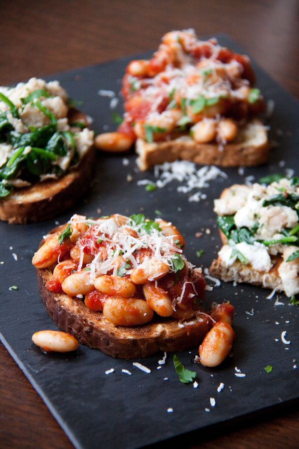 Now don't get me wrong, sometimes you just can't beat good old fashioned Heinz beans on toast with some tangy, extra mature cheddar (my favourite is Davistow). However, sometimes it's nice t...