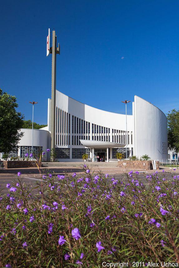 Catedral do Cristo Redentor, Boa Vista, Roraima ,moderna arquitetura ,um dos principais templos religiosos do município.