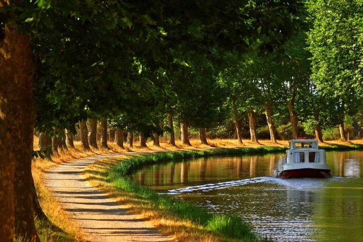 Csatornahajózás Franciaországban   Földlakó