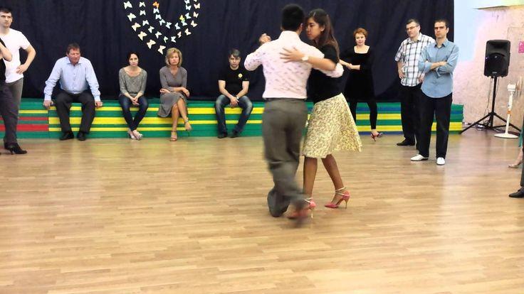 Sebastián Archaval and Roxana Suarez - Giros 1/2, argentine tango lesson...