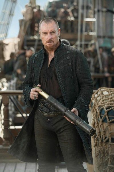 black-sails-toby-stephens-02