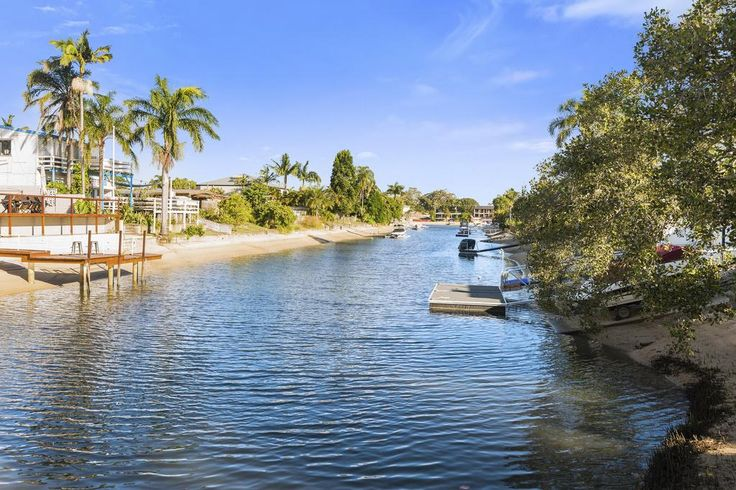 3/50 T E Peters Drive Broadbeach Waters QLD 4218 | #forsale #investmentopportunity #unit #waterfront
