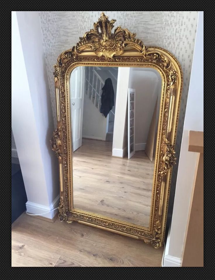 mirror for sale. gold gilt antique mirror for sale £300 ono o
