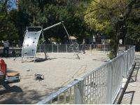 Πάτρα : Ο δήμος περιφράζει τις παιδικές χαρές - Στόχος η ασφάλεια των παιδιών - ΦΩΤΟ