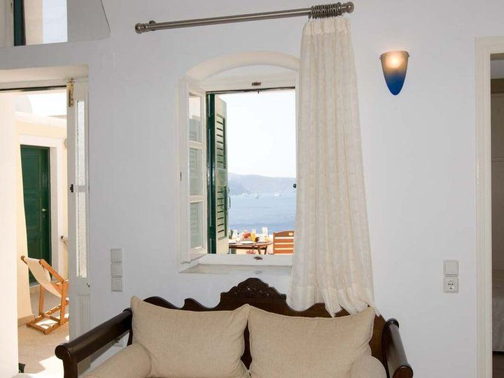 Amazing view from a Private villas of Anemomilos on the #Caldera_of_Oia.