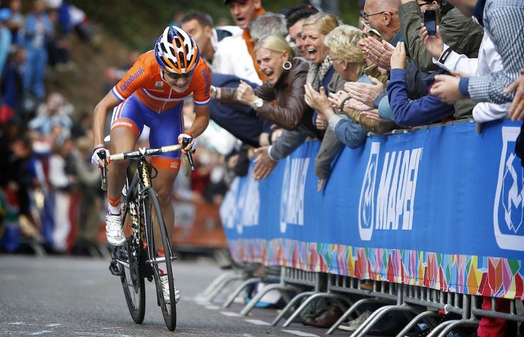 Marianne Vos made her winning move at the 2012 World Championships on the Cauberg climb in front of her home fans in The Netherlands. Cor Vos photo. - See more at: http://www.giant-bicycles.com/en-gb/teamsriders/team/photos/73/#sthash.xzpvAPe1.dpuf