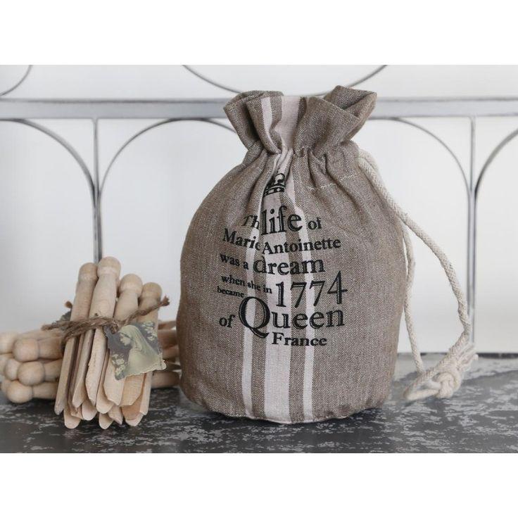 woreczek beżowy z napisami #beige #bag #pouch #inscriptions #vintage