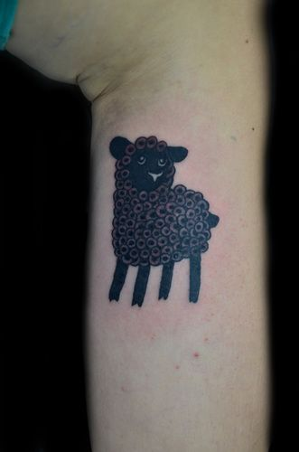 Black sheep tattoo  http://www.fotolog.com/thinkthank/+|+thiago_padovani