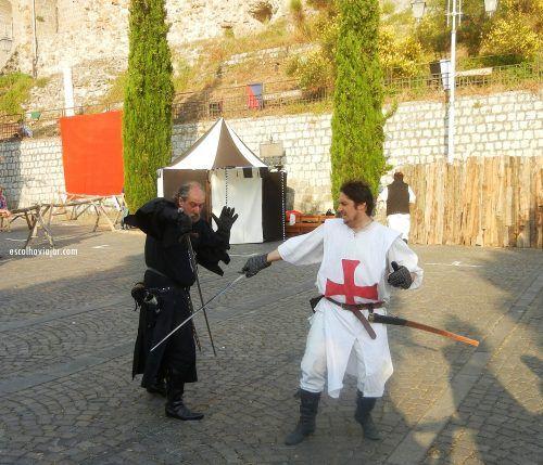 Montefiascone, a city of 14.000 inhabitants, presents each july a Medieval Festival. --- Montefiascone, uma cidade de 14.00 habitantes, apresenta a cada mês de Julho um Festival Medieval. --- http://escolhoviajar.com/arredores-roma-festival-medieval-em-montefiascone/