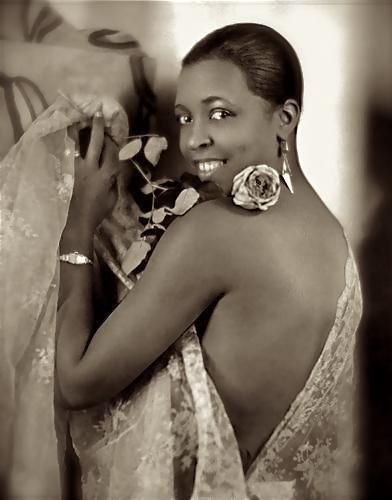 1939: First African American to star in her own television program: Ethel Waters, The Ethel Waters Show, on NBC.