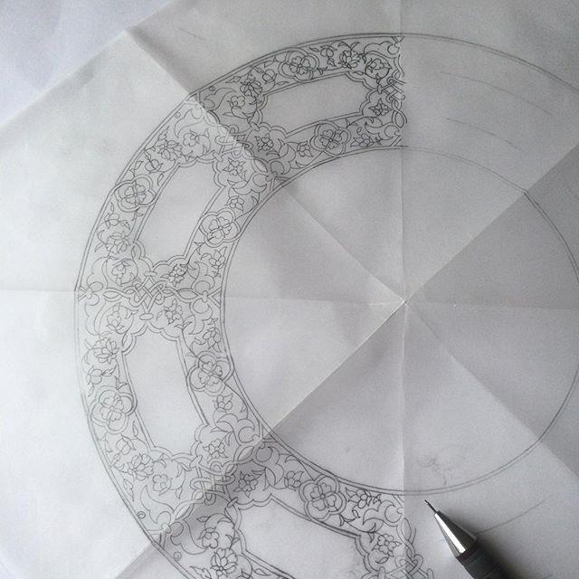 16. yy. ait bir kalkandan derlediğim çizimim çalışmayı bekliyor✂️✏️