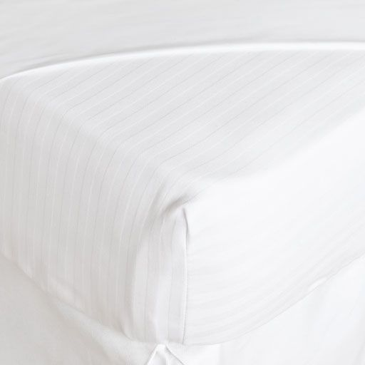 Image of the product Cotton Striped Mattress Protector