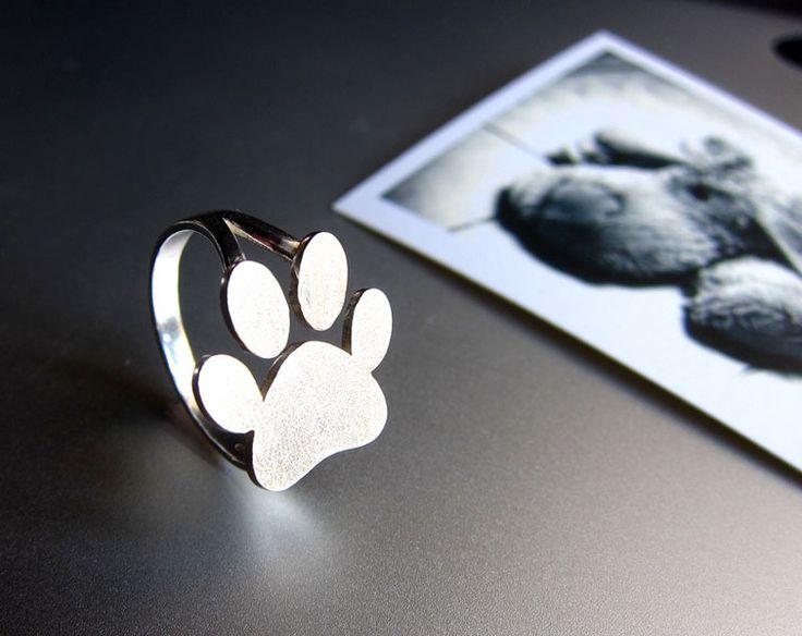 Paw Print anillo - anillo de plata hecho a mano de Sonriendo anillo de plata platero y joyería por DaWanda.com