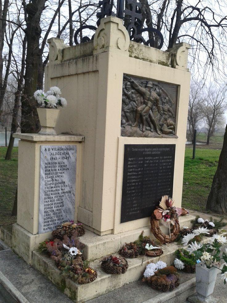 Osli település emlékműve