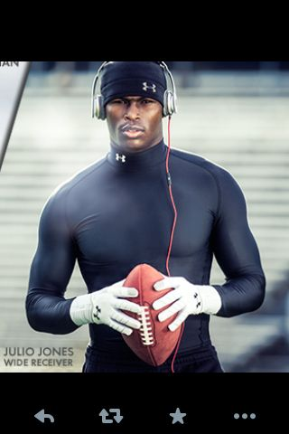 Well, hello there Mr. Jones!! <3 I absolutely love Julio Jones!!