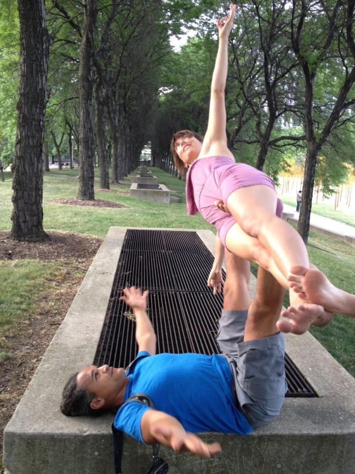 Whaka & Sara ... Flying Yoginis