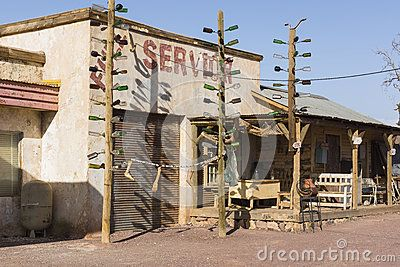 Building on the desert . Gas Haven set design.