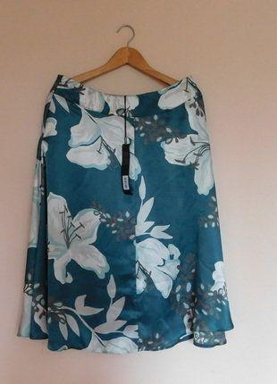 Kup mój przedmiot na #vintedpl http://www.vinted.pl/damska-odziez/spodnice/17685835-david-emanuel-spodnica-midi-40