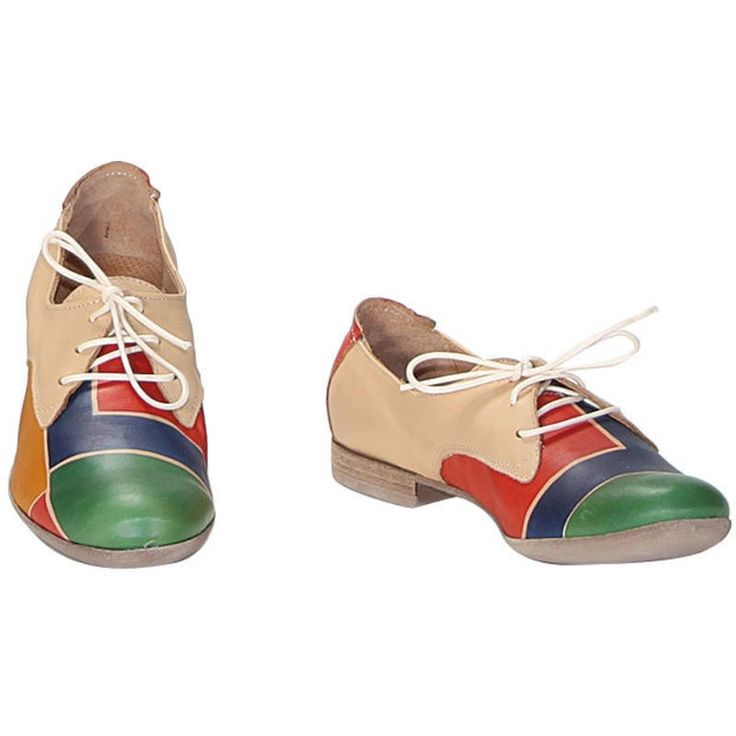ACQUERELLO NATURALE SQUARE SHOES by Astore. Hand painted natural leather shoes. Flat and with shoelaces, ideal for both formal and casual situations. Colors blue red green and yellow and pattern geometrical.