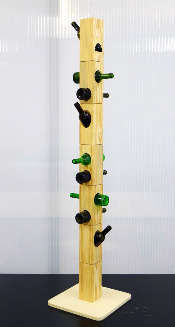 Wino Rack This design by Daniela Cruz puts old bottles to use,